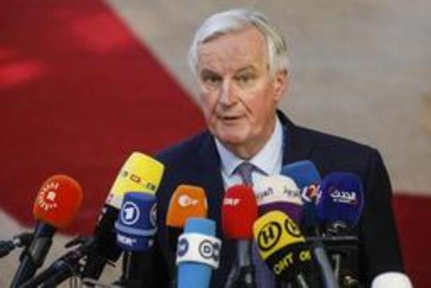 """Barnier a """"hâte de travailler"""" avec Johnson pour faciliter la ratification de l'accord"""