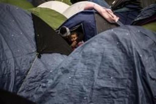 Asile et migration - Rixes dans un campement de migrants à Paris, des blessés