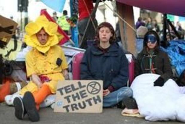 Bijna 400 klimaatactivisten opgepakt in Londen