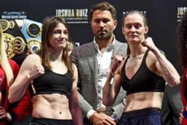 Delfine Persoon, le combat de sa vie contre Katie Taylor dans le temple de la boxe