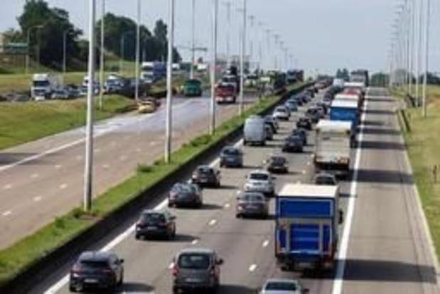 Vlaamse administratie pleit voor rekeningrijden en koolstofheffing