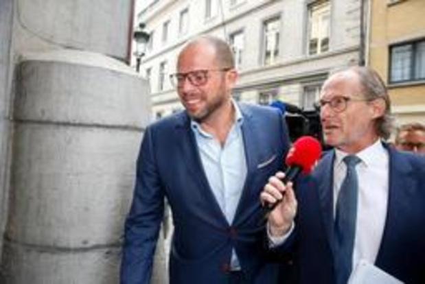 """""""Als je Di Rupo en De Wever in een kamer samenzet, dan komt daar iets uit"""""""