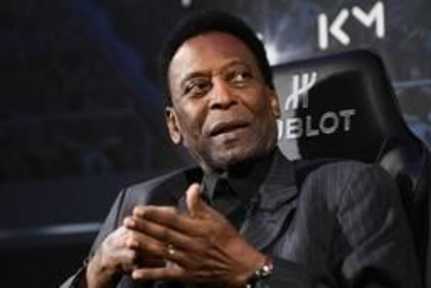 """Pelé se sent """"beaucoup mieux"""" et est """"prêt à jouer à nouveau"""""""