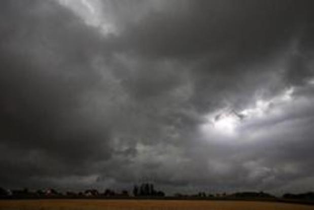 KMI waarschuwt voor onweer en rukwinden op maandag
