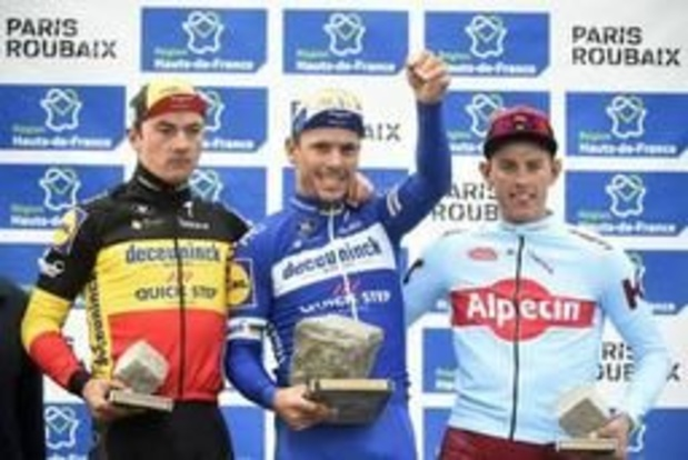 Parijs-Roubaix - Philippe Gilbert verovert in Roubaix zijn vierde monument