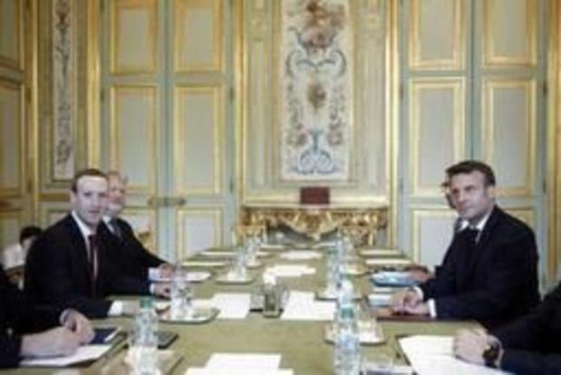 Zuckerberg négocie avec Macron sur la manière de réguler les réseaux sociaux
