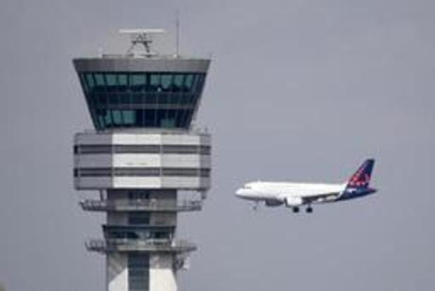 Le trafic aérien limité au dessus de la Belgique dans la nuit de vendredi à samedi