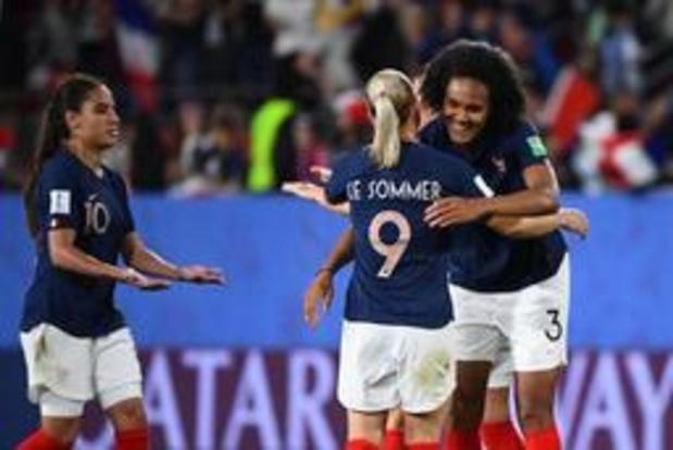WK vrouwenvoetbal - Frankrijk als groepswinnaar naar achtste finales
