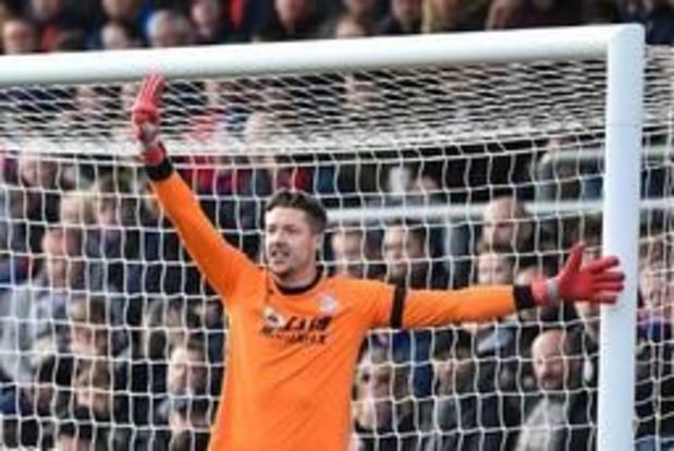 """FA acht Hitlergroet Hennessey """"niet bewezen"""", doelman """"weet niet wat gebaar betekent"""""""