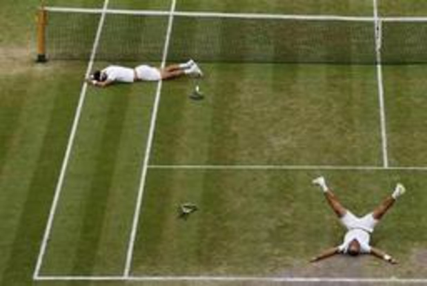 Wimbledon - Colombianen Cabal en Farah winnen dubbelspel na uitputtingsslag, vrouwendubbel uitgesteld