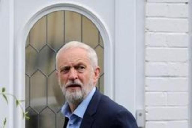 Labour wil Johnson nog even laten sudderen