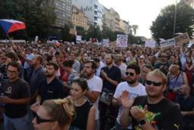 Tienduizenden mensen betoging in Praag tegen Tsjechische premier