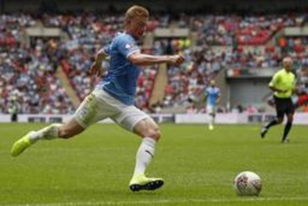Belgen in het buitenland - De Bruyne steekt met City Community Shield op zak tegen Liverpool van Origi