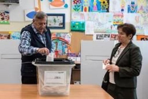 Vers un second tour indécis pour la présidentielle en Macédoine du nord