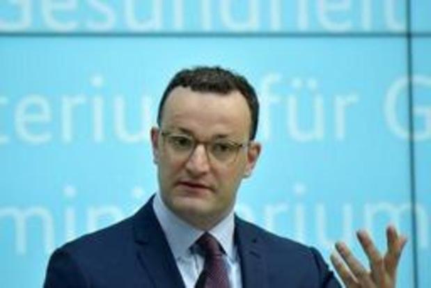"""Duitse minister van Volksgezondheid wil """"conversietherapie"""" voor homo's bannen"""