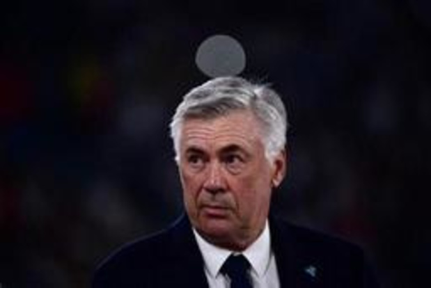 """Ancelotti est """"choqué"""" par l'état des vestiaires du stade San Paolo"""