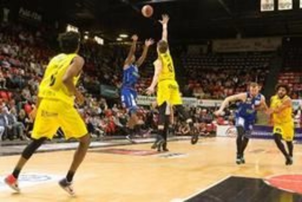 Euromillions Basket League - Oostende en Antwerp laten zich niet verrassen