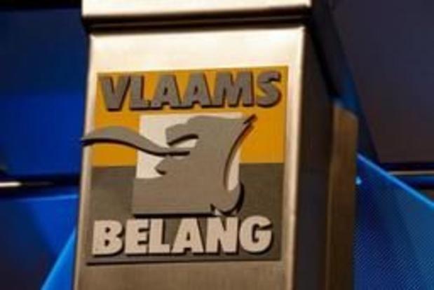 Vlaams Belang betoogt tegen heropening asielcentrum in Leopoldsburg