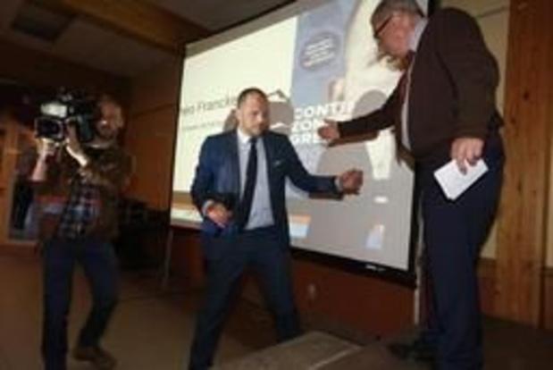 Theo Francken donne sa conférence annulée à Verviers dans son fief de Lubbeek