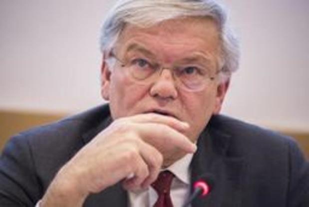 Stefaan De Clerck arrête la politique locale
