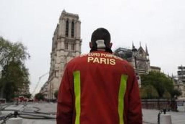 Brandweer Notre-Dame ontvangen in het Elysée
