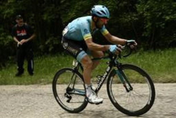 Dario Cataldo gagne la 15e étape, Carapaz conserve le maillot rose, Roglic distancé