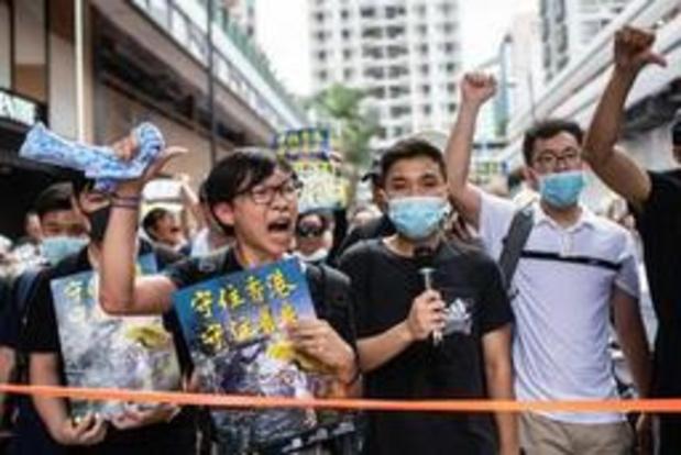 Heurts en marge d'une nouvelle manifestation monstre à Hong Kong