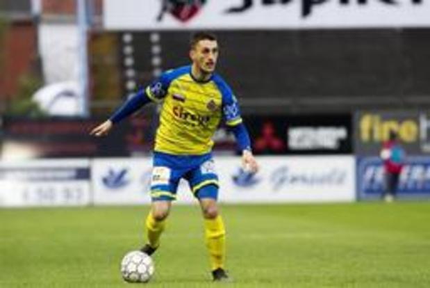 Aleksandar Boljevic (Waasland-Beveren) signe au Standard