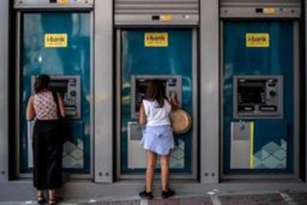 Griekenland heft alle beperkingen op kapitaalstromen op