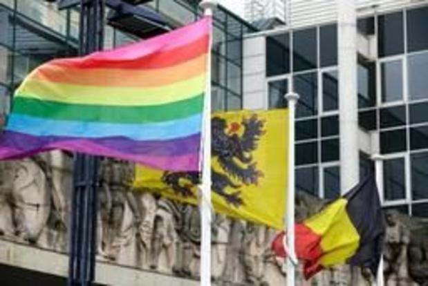 Un homme perd la vie suite à des violences homophobes à Beveren