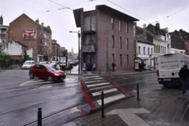 Vluchtmisdrijf Schaarbeek - Gemeente betreurt foto's van prostituees die Mortierbrigade plaatste