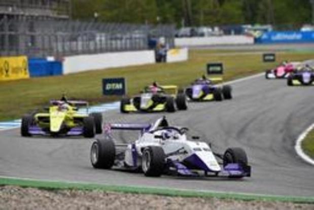 British F3 - Un premier podium à Donington pour Ulysse De Pauw