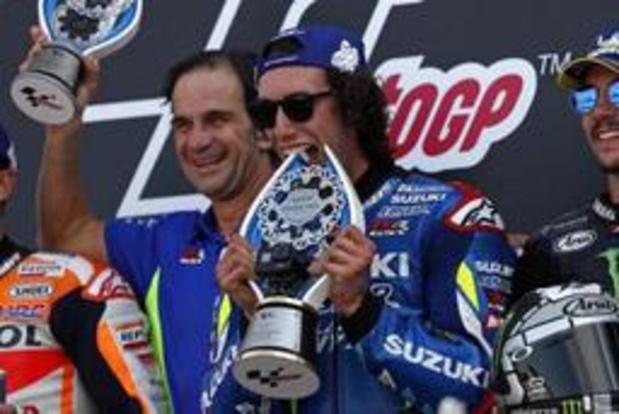 Alex Rins (Suzuki) vainqueur sur le fil à Silverstone devant Marc Marquez