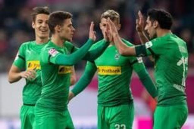 Belgen in het buitenland - Mönchengladbach doet dankzij ruime zege bij Nürnberg volop mee voor Champions League