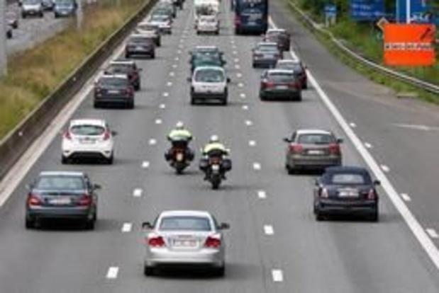 Campagne vraagt autobestuurders om uit te kijken voor motorrijders