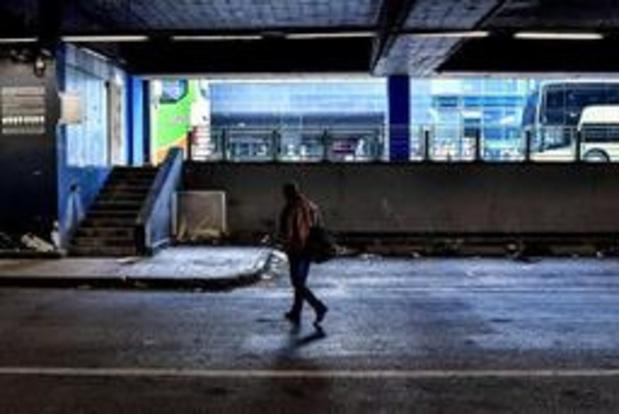 """Asile et migration - Une """"mascarade électorale"""" à la gare du Nord"""