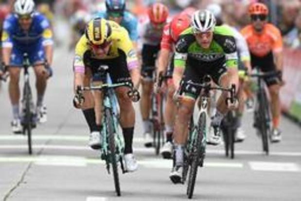 Sam Bennett wint ook derde etappe