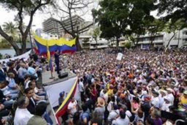 """Venezolaanse oppositieleider roept op tot """"grootste betoging ooit"""""""