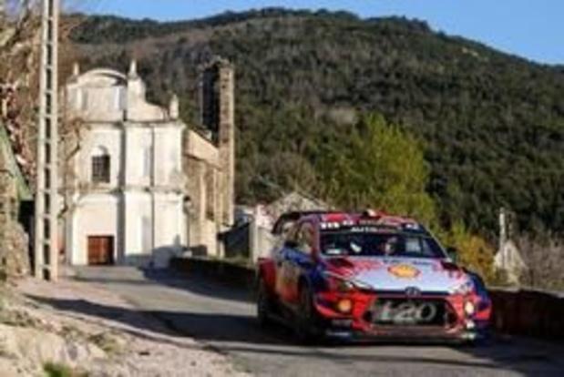 Rally van Corsica: Thierry Neuville moet leidersplaats op slotdag afstaan aan Elfyn Evans