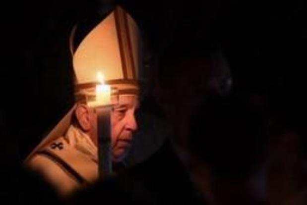"""Paus: Raak niet ontmoedigd door """"zee van problemen"""""""