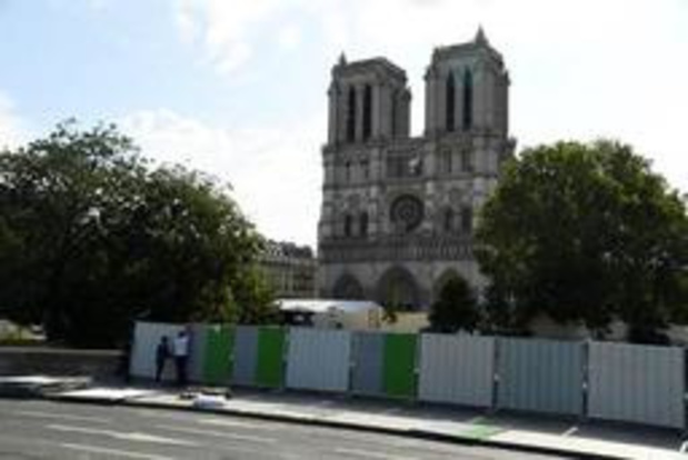 Opruimwerkzaamheden looddeeltjes nabij Notre-Dame van start