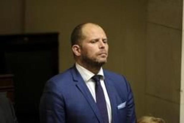 """Francken betreurt dat traditionele partijen """"taboe"""" rond migratiekosten in stand houden"""