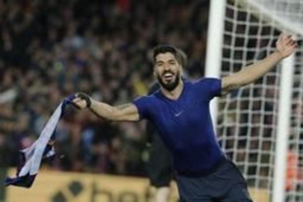 Belgen in het buitenland - Suarez bezorgt Barcelona late overwinning in Spaanse topper
