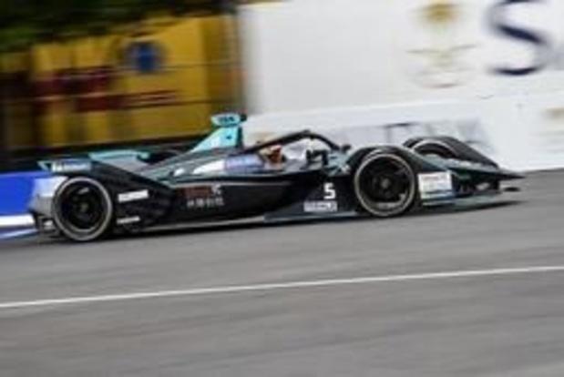Stoffel Vandoorne continue son aventure en Formule E avec Mercedes