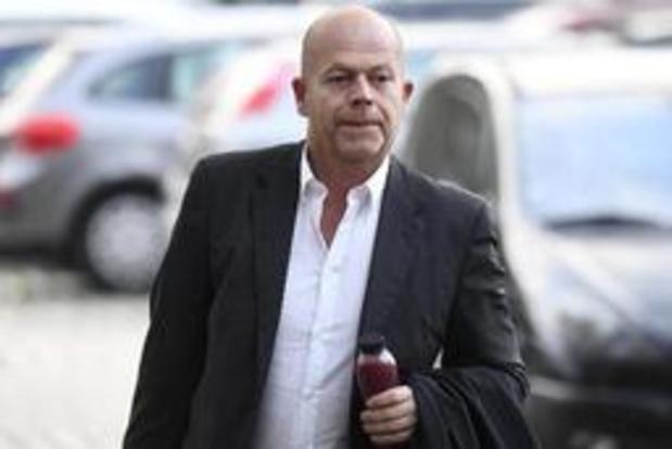"""Fraudeonderzoek Belgisch voetbal - """"Men probeert Olivier Myny de loopgraven in te duwen"""""""