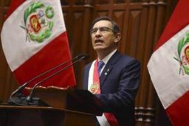 Pérou: le président propose des élections anticipées