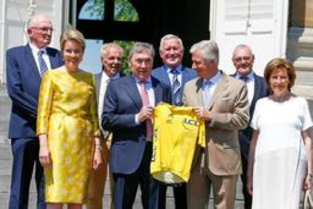 Eddy Merckx reçu par le couple royal