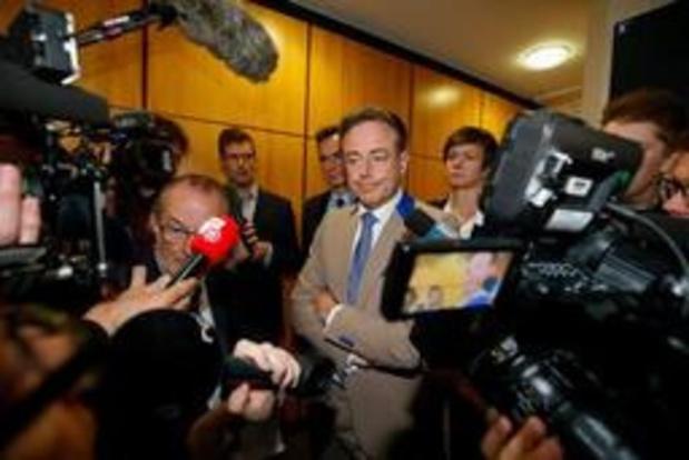 De Wever ziet morgen Mertens, Almaci en Crombez