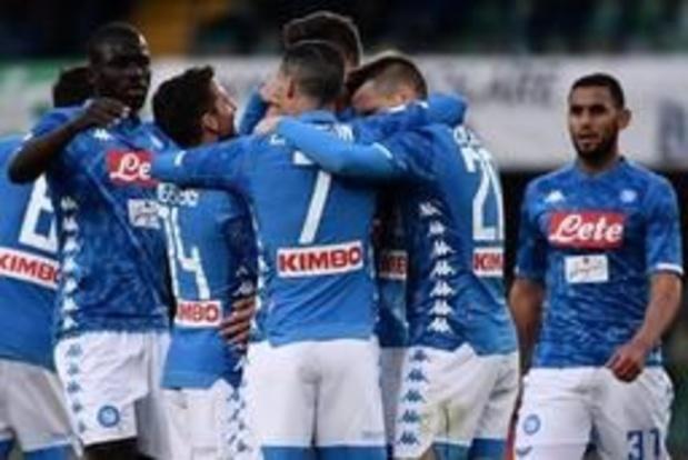 Les Belges à l'étranger - Naples a retardé la fête de la Juventus: 1-3 à Chievo, qui est relégué