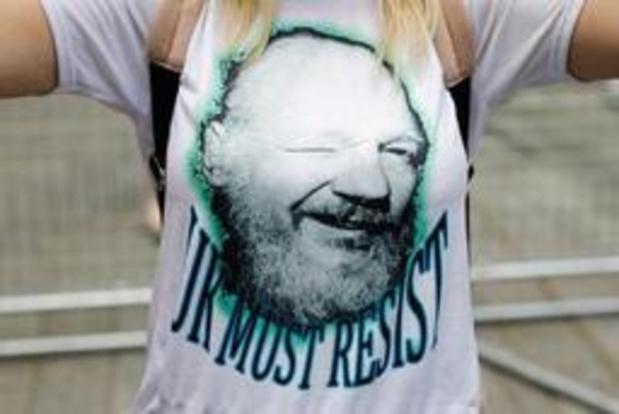 """Julian Assange lijdt aan """"intens trauma"""" door psychologische foltering"""